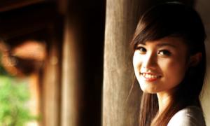 Miss Việt Đức: 'Không nghĩ sẽ trở thành hot girl'