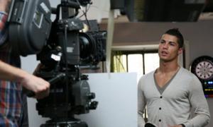 Hé lộ hậu trường quay quảng cáo của Ronaldo