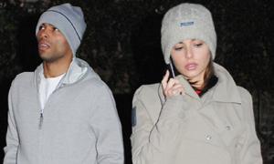 Vợ chồng Ashley Cole phân chia tài sản: 'Phần anh, phần tôi'