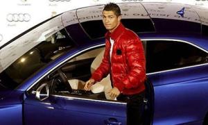 Dàn sao Real Madrid được tặng Audi đời mới