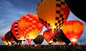 'UP' cùng lễ hội khinh khí cầu Hua Hin muôn sắc