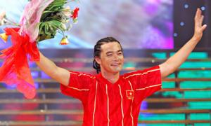 'Cầu thủ' Quách Ngọc Ngoan rời sân đấu