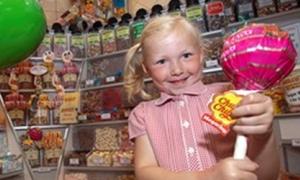 Bé 6 tuổi điều hành chuỗi cửa hàng bánh kẹo