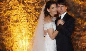 'Tom Cruise bỏ vợ với giá quá rẻ'