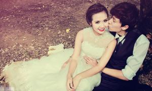 Lộ ảnh cưới đẹp long lanh của Huyền Lizze