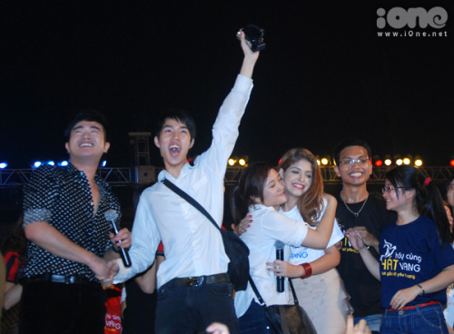 minh-quanh-nhay-gangnam-style-cung-andre