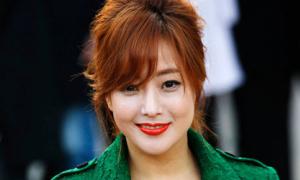 Kim Hee Sun giận dữ lên án các ông chồng