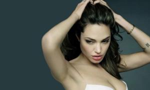 Angelina Jolie lọt top 100 phụ nữ quyền lực nhất thế giới