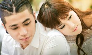 Hà Lade khoe ảnh cưới với bạn trai