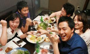 Ảnh đời thường nhắng nhít của Jo In Sung