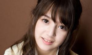 Vẻ đẹp lai trong sáng của nữ sinh Nhật