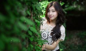 Cô nàng 17 tuổi gốc Việt xinh đẹp, hát hay