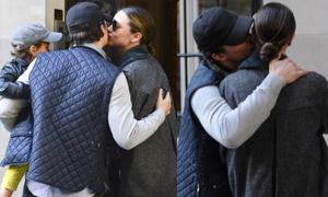 Orlando - Miranda: Ly hôn vẫn 'mi' nhau tình cảm