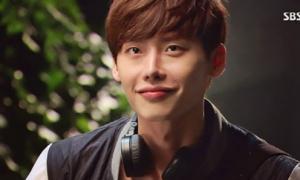 Fan sợ hẹn hò với mẫu người như Lee Jong Suk