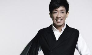 Giám khảo Asia's Next Top Model mang êkíp sang VN