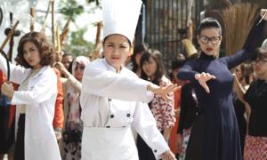 Lê Khánh dữ dằn phi dao trong 'Cô dâu đại chiến 2'