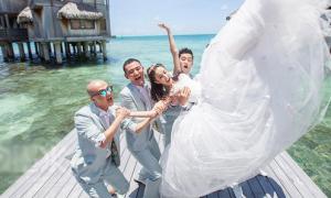 Đồng Lệ Á xinh ngất ngây trong ngày cưới