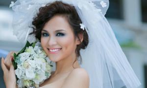 Hoa hậu Diễm Hương đệ đơn ly hôn