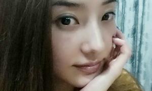 Sao Hàn 24/3: 'Gái một con' Han Chae Young đẹp đằm thắm dịu dàng