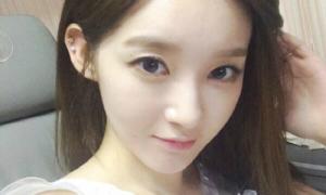 Sao Hàn 12/6: Kang Min Kyung khoe mặt V-line trắng nõn không tì vết