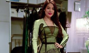 Hot or not: Váy dự chung kết Project Runway siêu cầu kỳ của Trương Ngọc Ánh