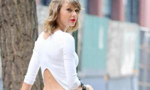 Hot or not: Taylor diện 'áo ngược' khoe eo thon