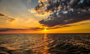 Những cảnh mặt trời mọc tuyệt đẹp khiến bạn khó... ngủ nướng
