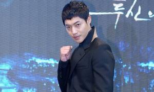 Kim Hyun Joong thừa nhận đánh bạn gái