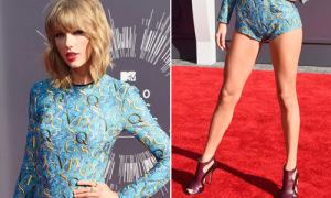 Hot or not: Taylor Swift đột phá với style 'đồ bơi' lên thảm đỏ