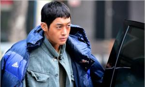 Dư luận đòi bỏ tù, Kim Hyun Joong quyết định nhập ngũ