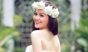 Nữ sinh đăng quang Miss Ngôi Sao từng muốn bỏ học kiếm tiền