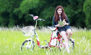 Hot teen chia sẻ kinh nghiệm chọn xe điện