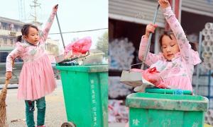 Cô bé 5 tuổi quét rác khiến dân mạng xót xa