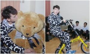 Isaac hôn gấu thắm thiết, nhí nhảnh đạp xe