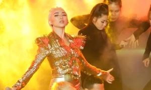 Tóc Tiên ngậm ngùi về nhì dù liều lĩnh chọn style gợi cảm hát rock
