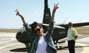 Sao US-UK 20/5: Hailey Baldwin dự Cannes bằng trực thăng riêng