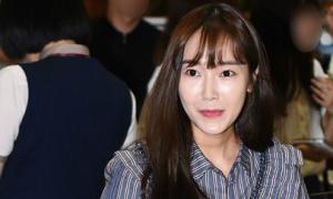 Jessica bị chê xuống sắc, mặc đồ quê mùa khi rời SM