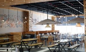 Nhà hàng Phố Biển 6 ưu đãi dịp khai trương