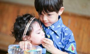 3 cặp anh trai - em gái cực yêu nhà sao Hoa ngữ