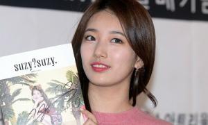 Suzy mắc lỗi trang điểm mắt, mặc đồ xuề xòa đi gặp fan