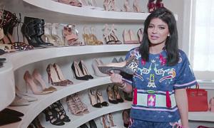 5 chị em nhà Kim mỗi người một tủ giày 'to oạch'