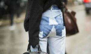 Quần denim chắp vá gây chú ý trên đường phố tuần thời trang