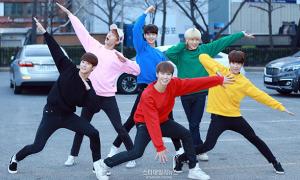 Concept tạo dáng '5 anh em siêu nhân' được sao Hàn thích mê