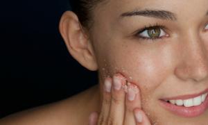 10 mẹo làm đẹp hiệu quả bất ngờ với muối