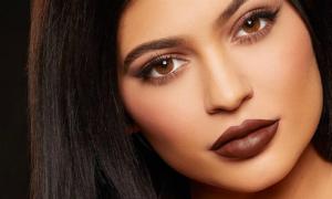 Những màu son siêu khó đánh được Kylie 'thuần hóa'