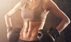 Khoe rãnh bụng - chuẩn đẹp mới của hot girl phòng gym