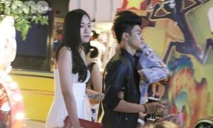 Vợ chồng Lâm Vinh Hải tình tứ đi xem phim sau tuyên bố ly hôn