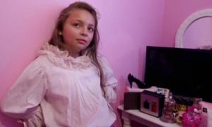 Cô bé 10 tuổi mê hàng hiệu, không ra khỏi nhà nếu chưa làm tóc