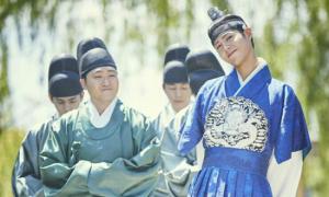 Thế tử Park Bo Gum đẹp hoàn hảo với Hanbok