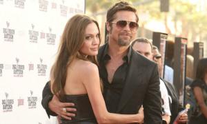 Angelina Jolie ly hôn Brad Pitt sau 12 năm chung sống